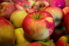 apples-490474__180
